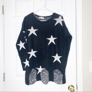 West and Peach Star print distressed sweater